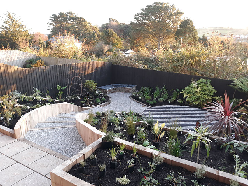 contemp-garden-20191118_155840